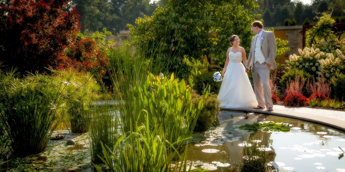 Zookbinders - Simple Wedding Design